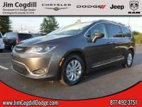 2017 Chrysler Pacifica Touring-L Van in Knoxville