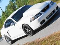 2002 Ford Mustang GT Deluxe 2dr Fastback