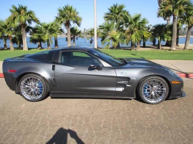 2010 Chevrolet Corvette ZR1 2dr Coupe w/ 3ZR