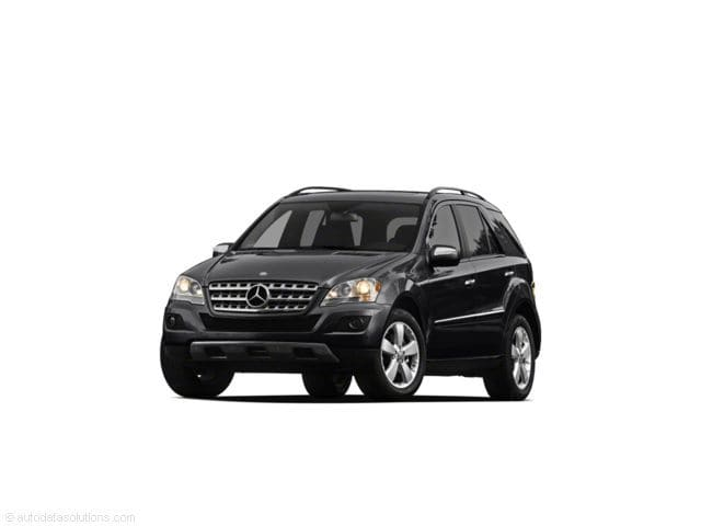 Photo Used 2011 Mercedes-Benz M-Class ML 350 in Houston