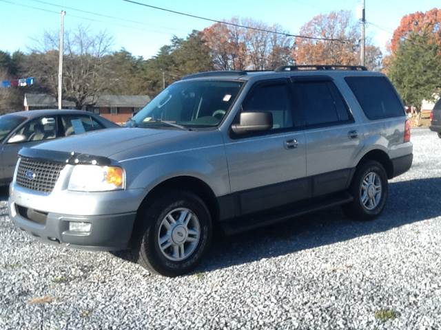 2006 Ford Expedition XLT 4dr SUV