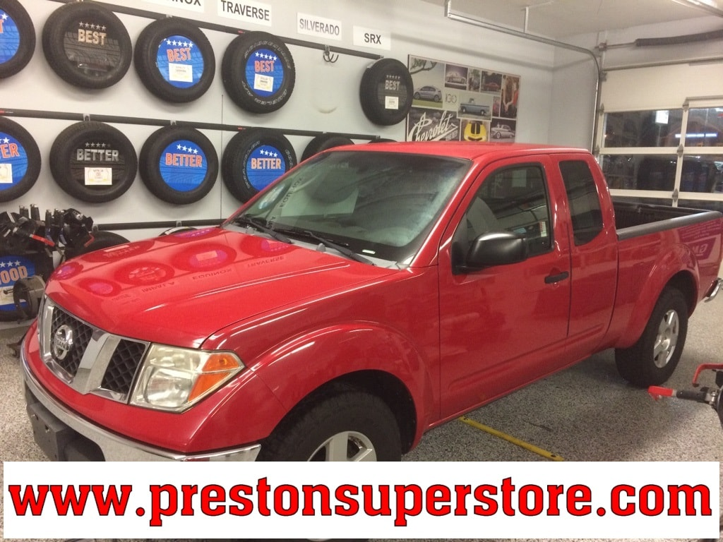 Photo Used 2007 Nissan Frontier SE Truck King Cab in Burton, OH
