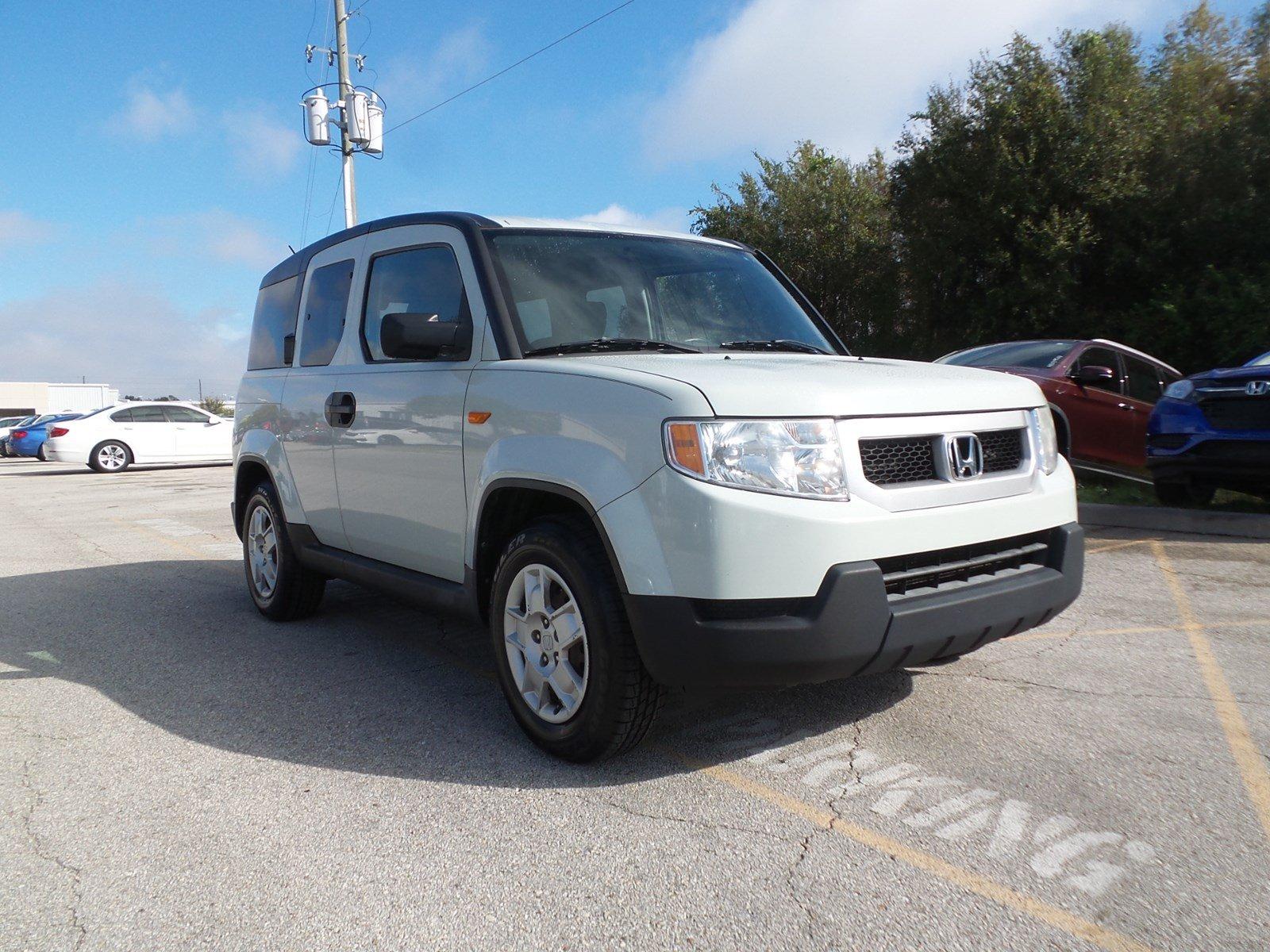 Photo Pre-Owned 2010 Honda Element LX SUV in Jacksonville FL