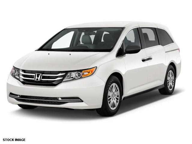 Photo Used 2015 Honda Odyssey Minivan For Sale Boardman, Ohio