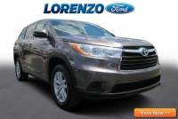 Pre-Owned 2014 Toyota Highlander LE w/3rd Row Seat FWD Sport Utility