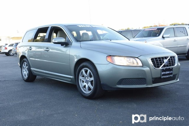 Photo Used 2008 Volvo V70 Leather Seats, Power Seats, Power Sunroof. Wagon For Sale San Antonio, TX