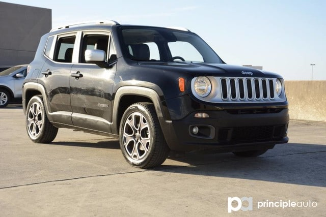 Photo Used 2016 Jeep Renegade Limited, Aluminum Wheels, Leather Seats, Power Sea SUV For Sale San Antonio, TX