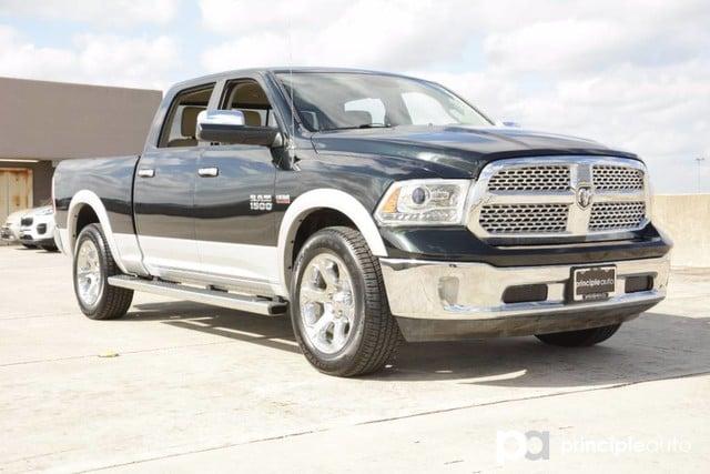 Photo Used 2016 Ram 1500 Laramie, Aluminum Wheels, Bed Liner, Fixed Running Truck Crew Cab For Sale San Antonio, TX