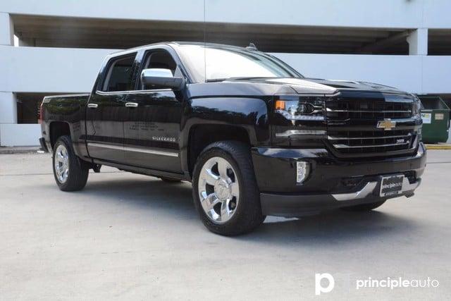 Photo Used 2016 Chevrolet Silverado 1500 LTZ, Aluminum Alloy Wheels, Bed Liner, Bose Stereo Truck Crew Cab For Sale San Antonio, TX