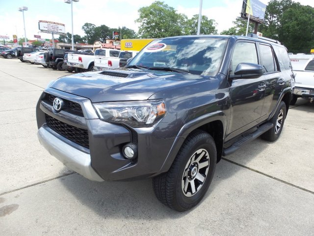 Photo Certified Used 2017 Toyota 4Runner TRD Off Road SUV for sale in Laurel MS
