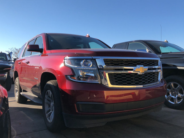 Photo Used 2017 Chevrolet Tahoe 4X4 31K MILES LUXURY EDITION ONE OWNER in Ardmore, OK