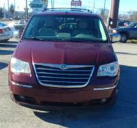 2009 Chrysler Town and Country Limited Mini-Van 4dr