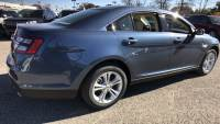 New 2018 Ford Taurus SEL FWD 4dr Car
