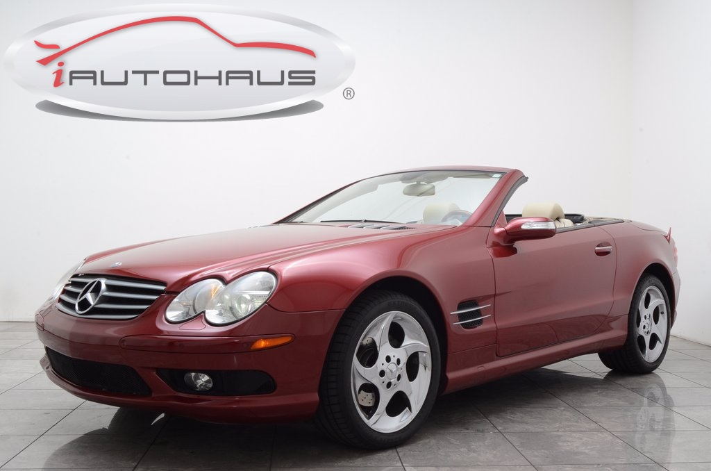 Photo Pre-Owned 2005 Mercedes-Benz SL-Class RWD 2D Convertible