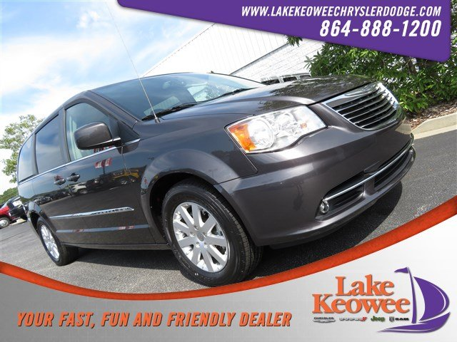 Photo Certified Used 2016 Chrysler Town  Country Touring Wagon For Sale NearAnderson, Greenville, Seneca SC
