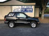 1999 Chevrolet Tracker 2dr SUV w/ Soft Top