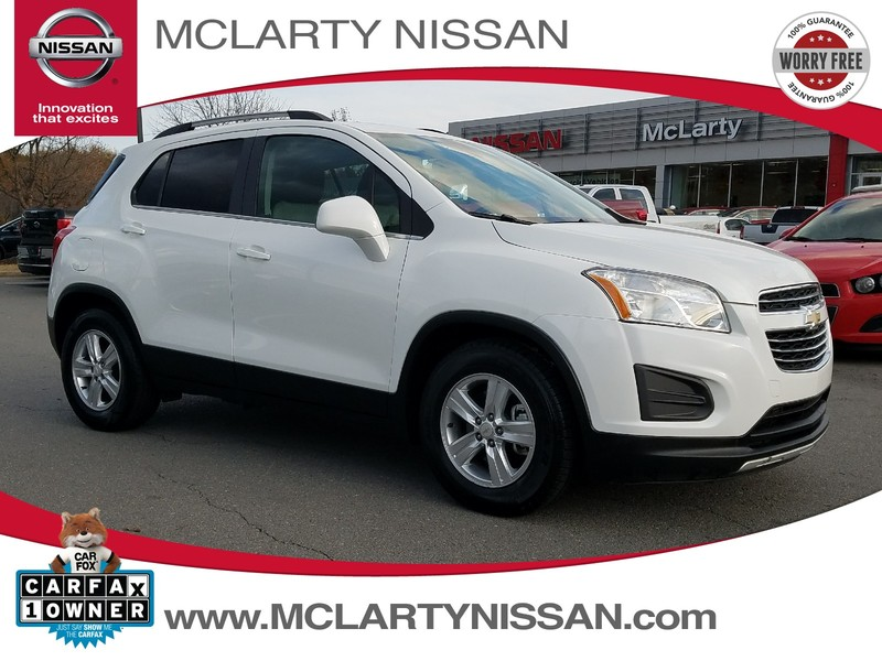 Photo Pre-Owned 2015 CHEVROLET TRAX FWD 4DR LT Front Wheel Drive Sport Utility Vehicle
