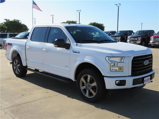 Photo New 2017 Ford F-150 XLT 4x4 SuperCrew Cab Styleside 5.5 ft. box 145 in. WB XLT 4x4 SuperCrew Cab Styleside 5.5 ft. box 145 in. WB