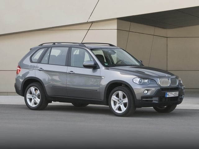 Photo Used 2010 BMW X5 xDrive30i for sale in Glen Mills PA