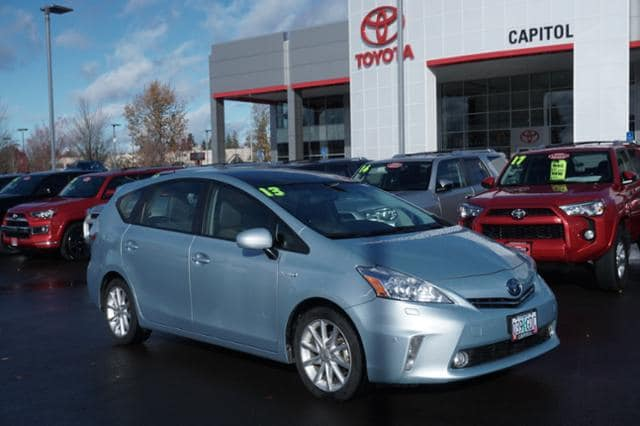 Photo Used 2013 Toyota Prius v 5dr Wgn Five in Salem, OR