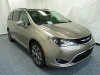 New 2017 Chrysler Pacifica Limited FWD 4D Minivan