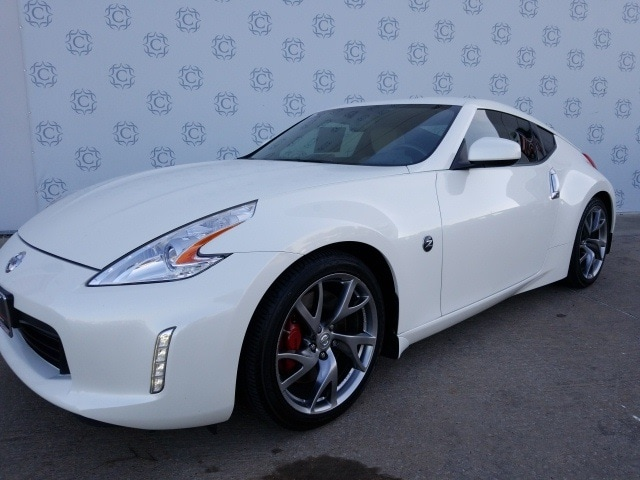 Photo Pre-Owned 2014 Nissan 370Z Coupe For Sale in Frisco TX