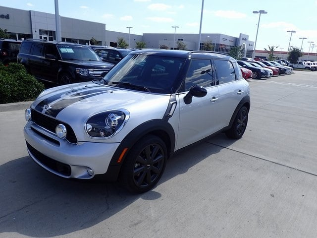 Photo Used 2013 MINI Countryman Cooper S Countryman SUV For Sale in Fort Worth TX