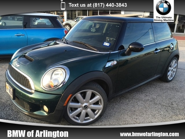 Photo Used 2009 MINI Cooper S S Hatchback Front-wheel Drive in Arlington