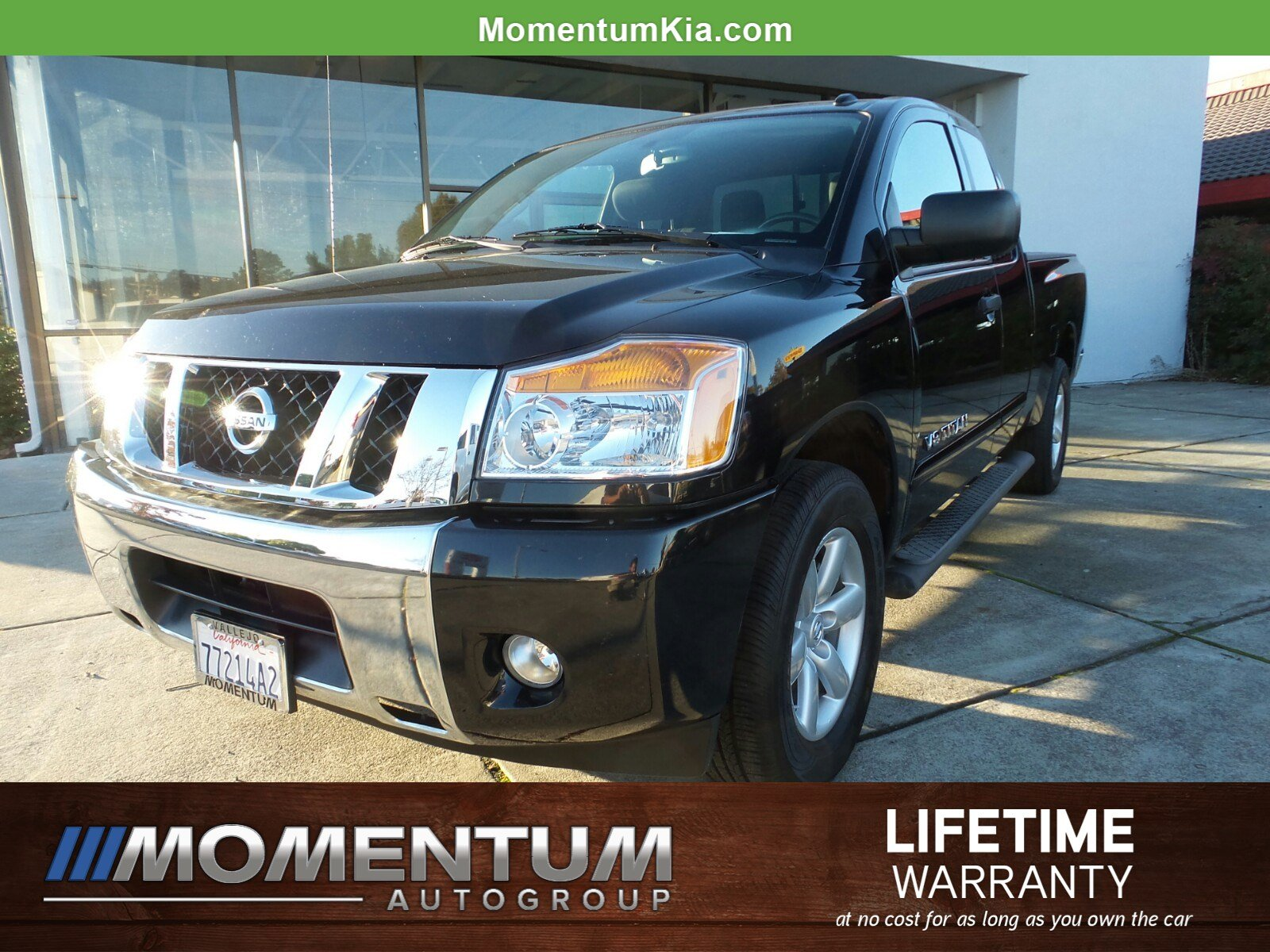 Photo Used 2014 Nissan Titan SV Truck King Cab in Fairfield CA
