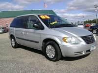 2006 Chrysler Town and Country Base 4dr Minivan