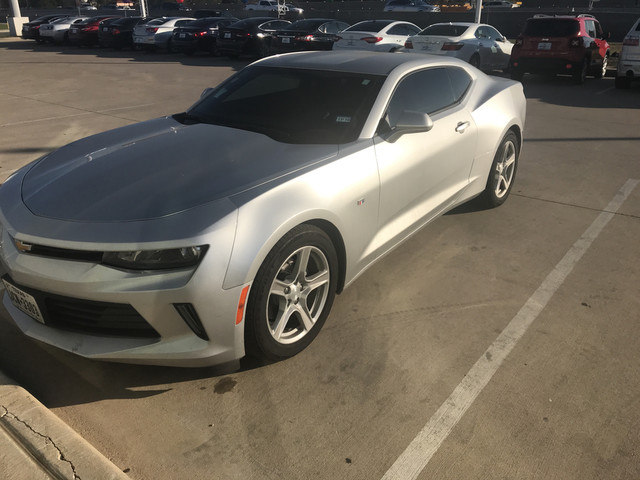 Photo 2016 Chevrolet Camaro 1LT Coupe Rear-wheel Drive in Irving, TX