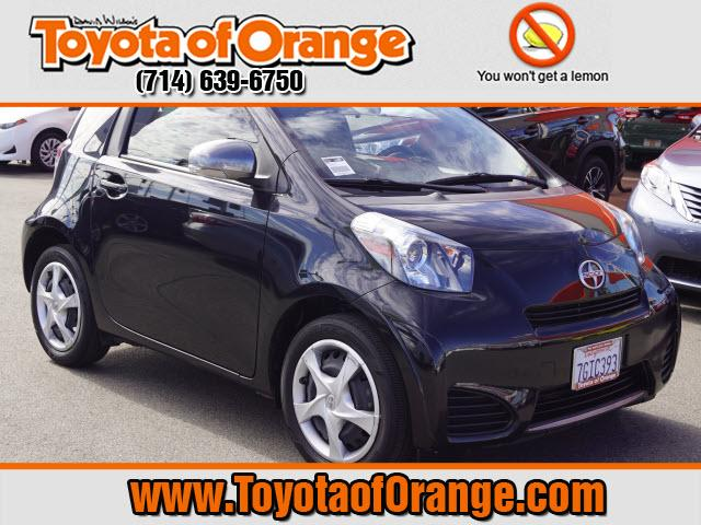 Photo 2014 Scion iQ Base Hatchback Front-wheel Drive