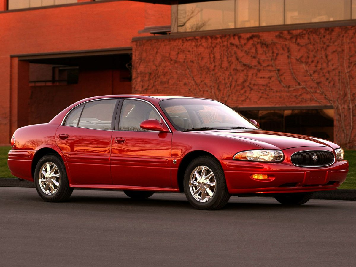 Photo Used 2003 Buick LeSabre For Sale in Huntersville NC  Serving Charlotte, Concord NC  Cornelius. VIN 1G4HP52K734153915