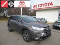 2017 Toyota Highlander LE SUV Front-wheel Drive in Waterford