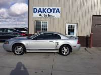 2001 Ford Mustang Base 2dr Fastback