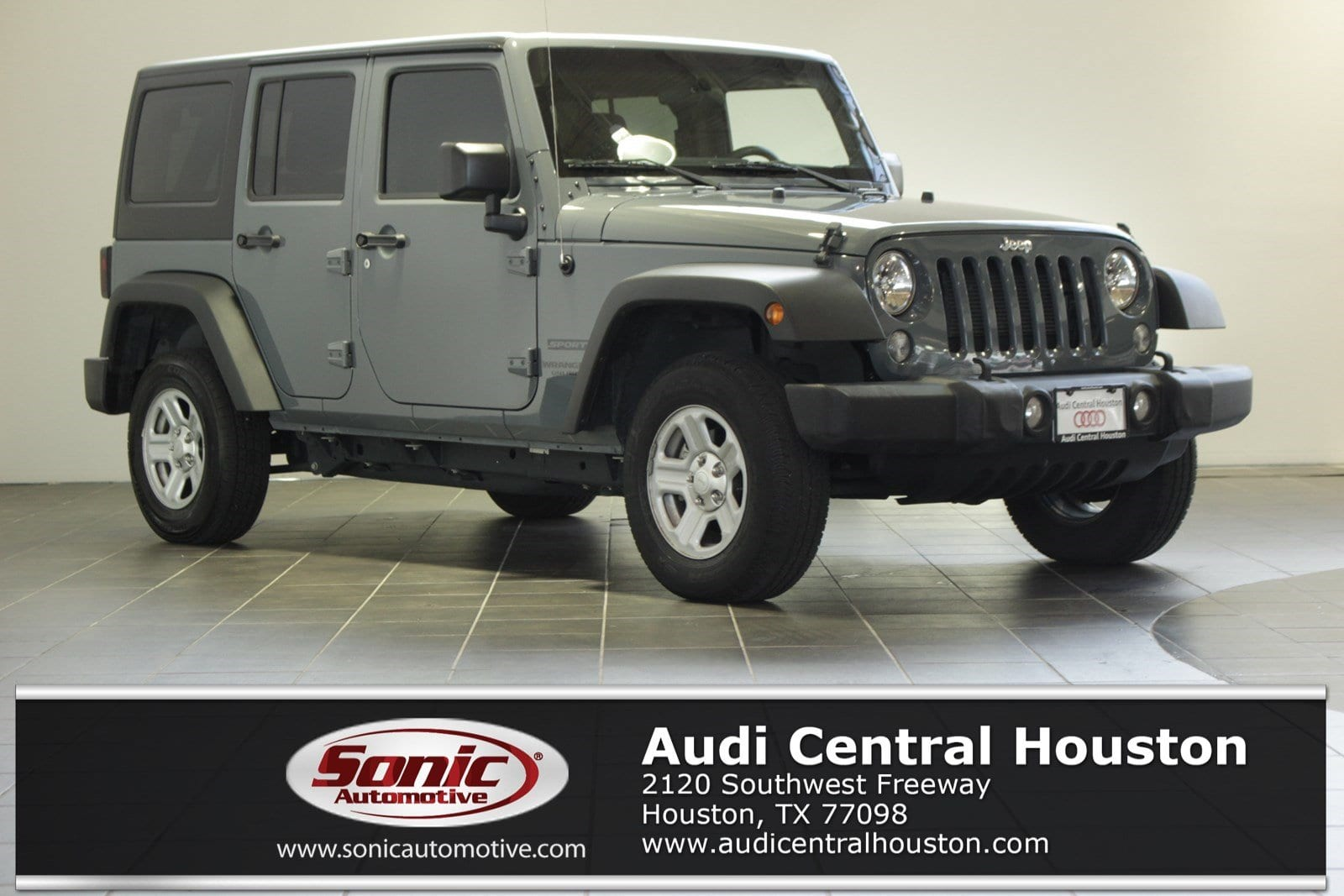 Photo Used 2015 Jeep Wrangler Unlimited Sport 4x4 SUV in Houston, TX