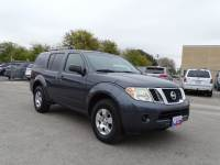 2010 Nissan Pathfinder LE 2WD V6 LE in New Braunfels