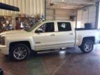 2014 Chevrolet Silverado 1500 4WD Crew Cab 143.5 High Country Crew Cab Pickup for Sale in Mt. Pleasant, Texas