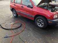 2001 Chevrolet Tracker 4WD 4dr SUV