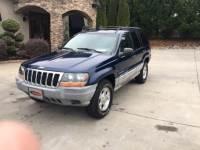 2000 Jeep Grand Cherokee 4dr Laredo 4WD SUV