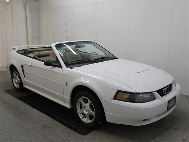 Photo 2003 Ford Mustang Convertible in Burnsville, MN.
