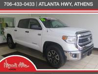 Certified Pre-Owned 2015 Toyota Tundra CrewMax 5.7L FFV V8 6-Spd AT SR5