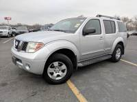 2005 Nissan Pathfinder XE 4WD 4dr SUV