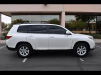 2013 Toyota Highlander AWD Plus 4dr SUV