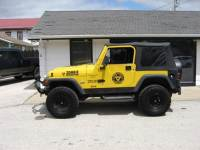 2000 Jeep Wrangler 2dr Sport 4WD SUV