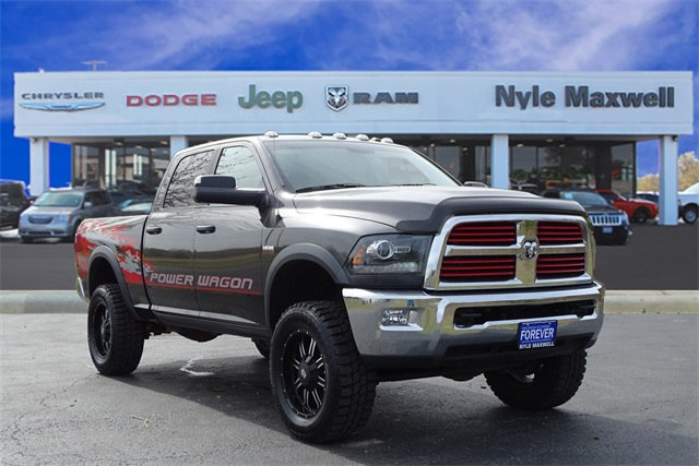 Photo Used 2015 Ram 2500 Power Wagon Truck Crew Cab in Taylor TX