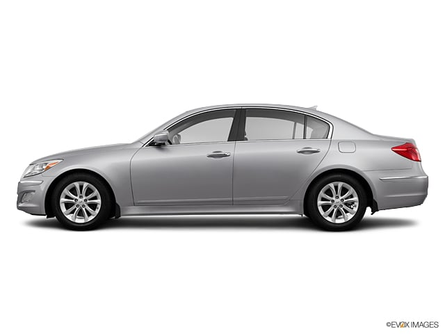 Photo Used 2013 Hyundai Genesis 3.8L 4dr Sdn V6 in Houston, TX