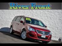 2012 Volkswagen Routan SE Van Passenger Van