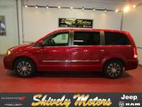 2014 Chrysler Town & Country S Van in Shippensburg, PA