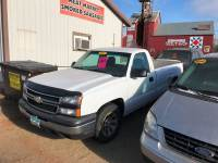 2006 Chevrolet Silverado 1500 Work Truck 2dr Regular Cab 8 ft. LB